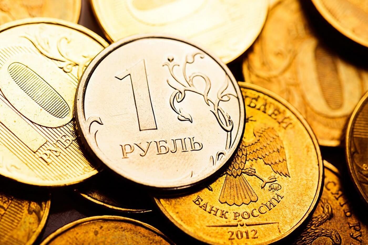 Рубль ставит рекорды во внешней торговле России