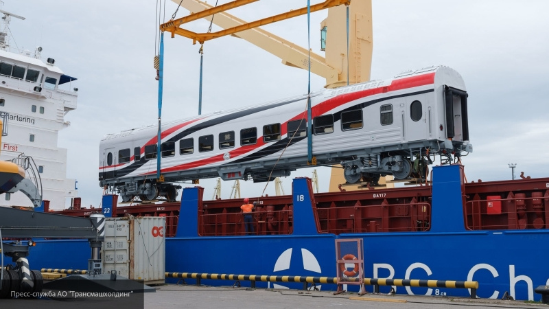 «Трансмашхолдинг» начал поставлять вагоны для Египетских железных дорог