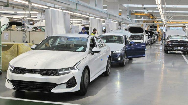 На российском заводе «Автотор» в Калининграде началось производство нового седана Kia K5