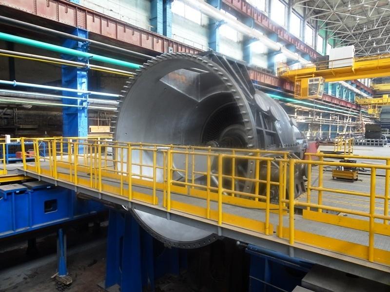 Уральский турбинный завод одновременно сдал заказчикам три паровых турбины