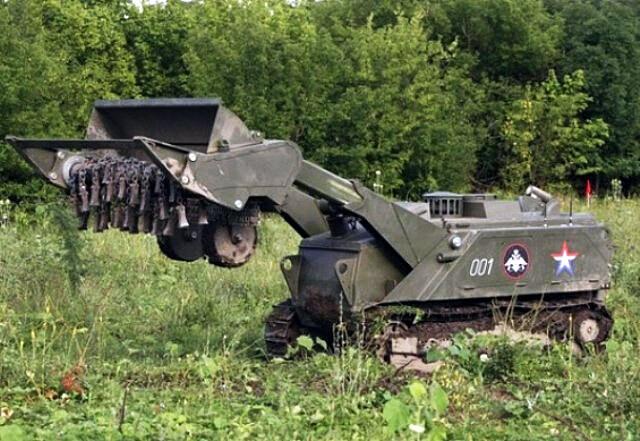 Военные инженеры общевойсковой армии ЗВО получили первый робототехнический комплекс «УРАН-6»