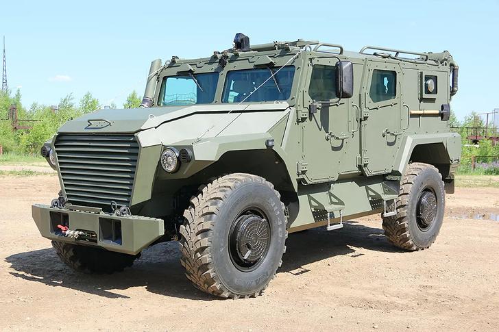 Россия поставила Замбии 35 бронемашин «Тигр»